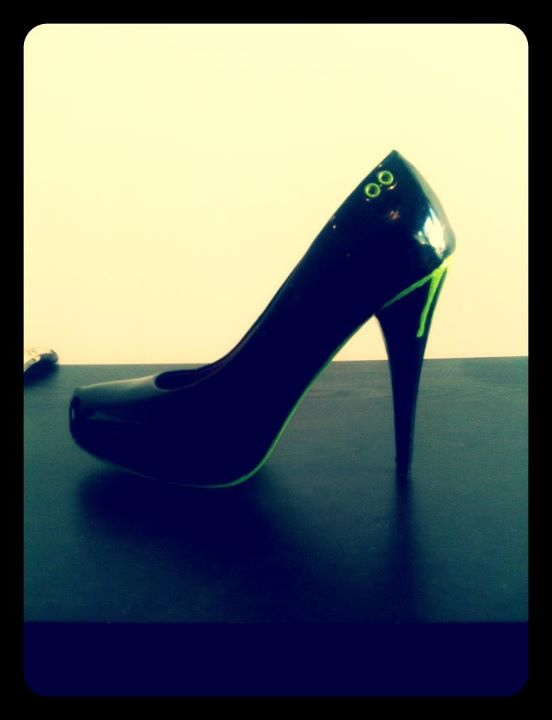 chris weston , struggling designer, killer heels, strugglingdesigner, shoe designer